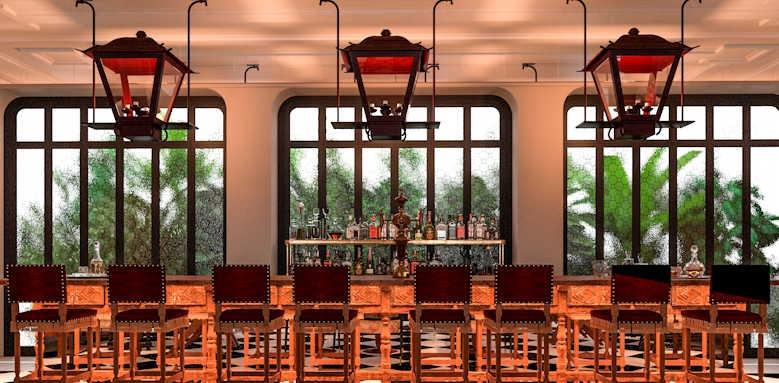 H10 Casa de la Plata, bar