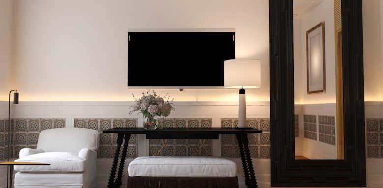 H10 Casa de la Plata, double room tv