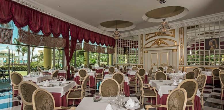 Iberostar Grand Paraiso, theme restaurant