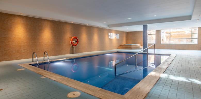 Zafiro Menorca, indoor pool