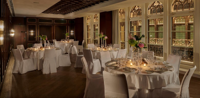 Parisi Udvar Hotel, banquet