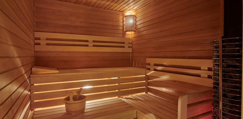 Parisi Udvar Hotel, sauna