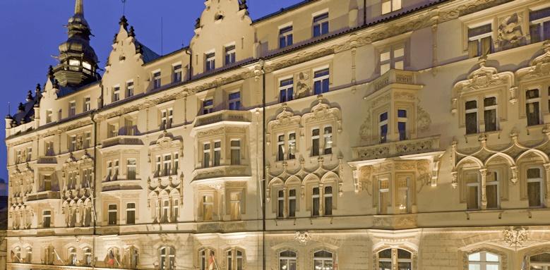 Hotel Paris, thumbnail