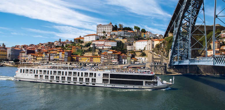 S.S. Sao Gabriel, luxury river cruise