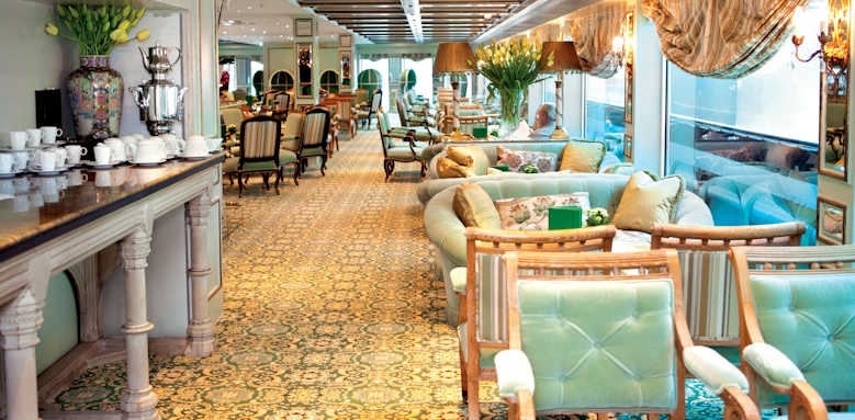 S.S. Antoinette, lounge area