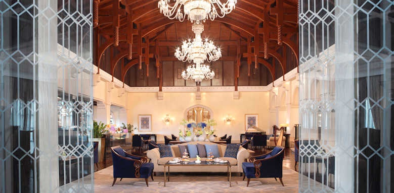 The Ritz-Carlton, lobby lounge