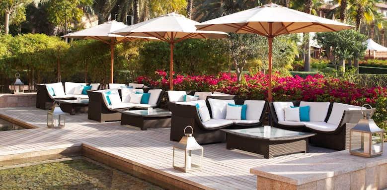 The Ritz-Carlton, lounge area