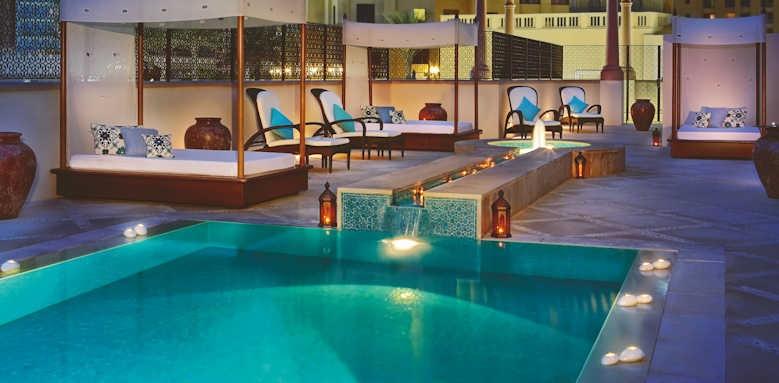 The Ritz-Carlton, spa pool