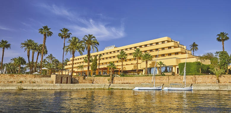 Steigenberger Achti Resort, main building