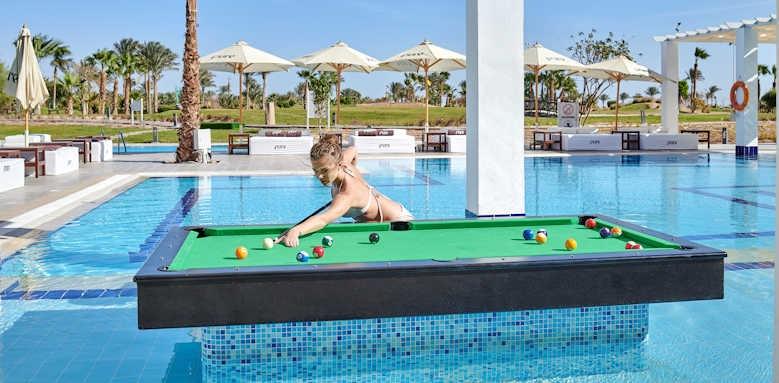 Steigenberger Pure Lifestyle, pool billiard table