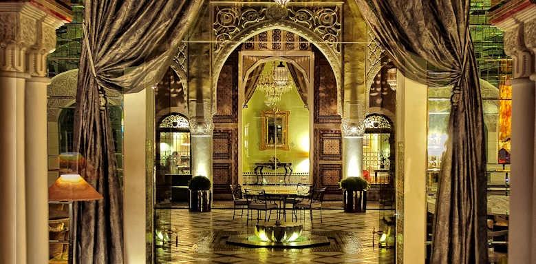 Palais Faraj, hall area