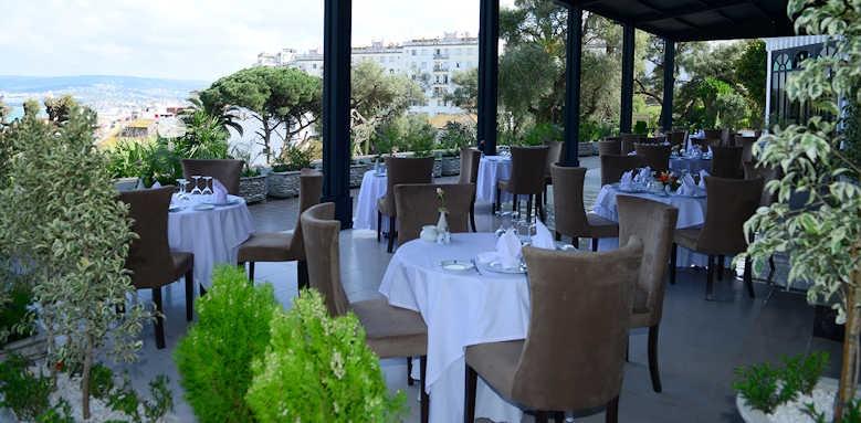 El Minzah, restaurant