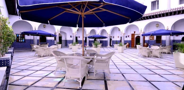 El Minzah, patio