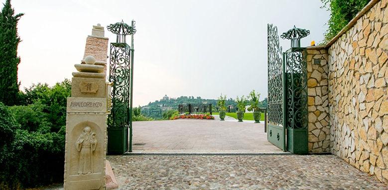 Relais Fra Lorenzo, entrance
