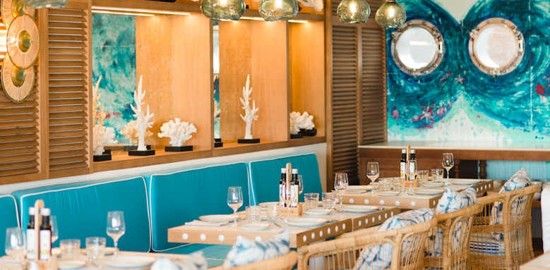 Hotel Honucai, restaurant