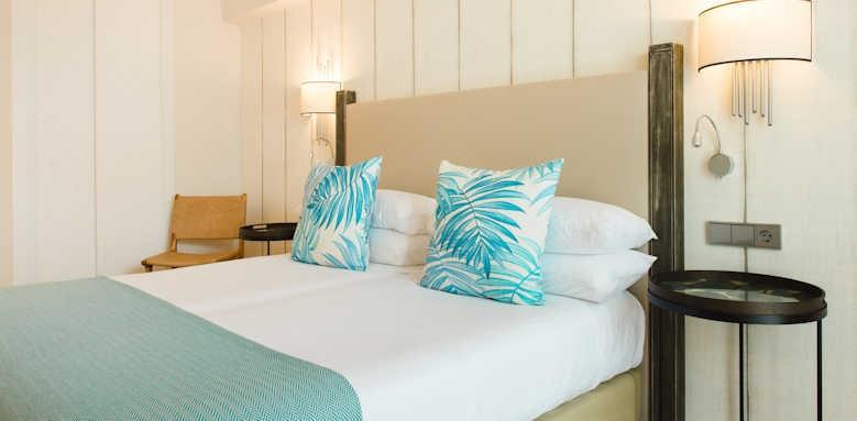 Hotel Honucai, guestroom