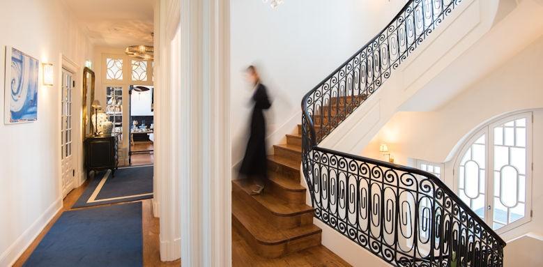 Grand House, interior