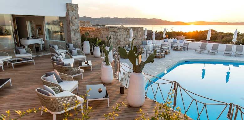Grand Relais, pool view
