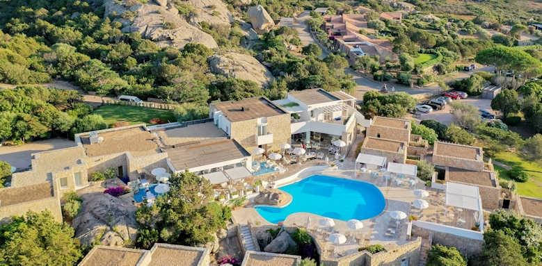 Grand Relais, aerial view of hotel
