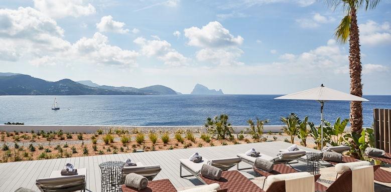 7 Pines Resort, spa terrace