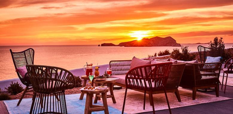 7 Pines Resort, sunset