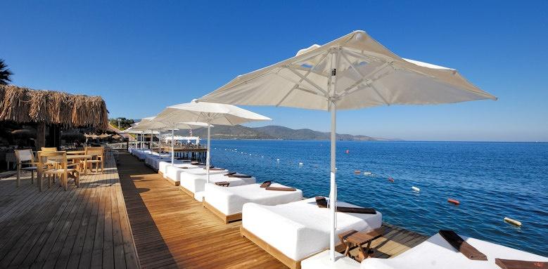 Sarpedor Boutique Hotel, sun beds
