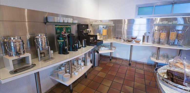 Adrina Beach Hotel, breakfast buffet