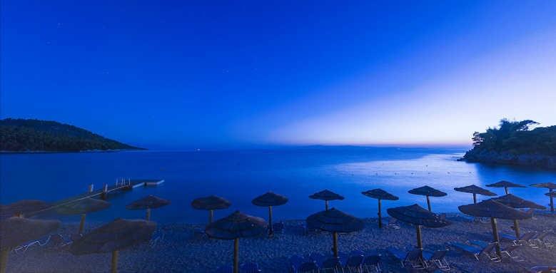 Adrina Beach Hotel, beach area night