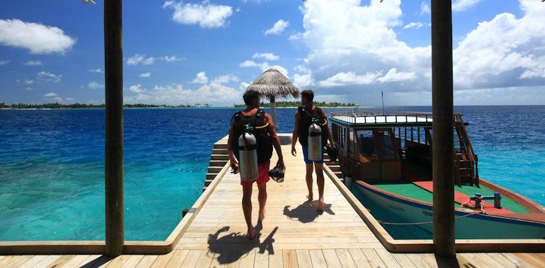 Six Senses Laamu, diving school