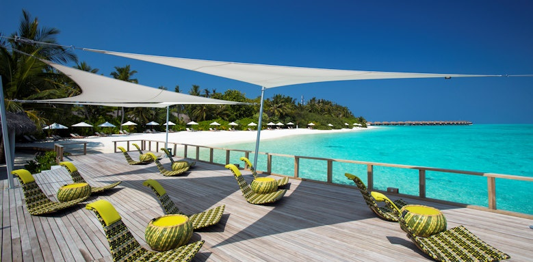 Velassaru Maldives, overwater chill bar