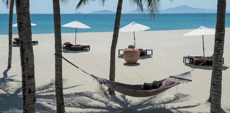 Four Seasons Nam Hai, hammock