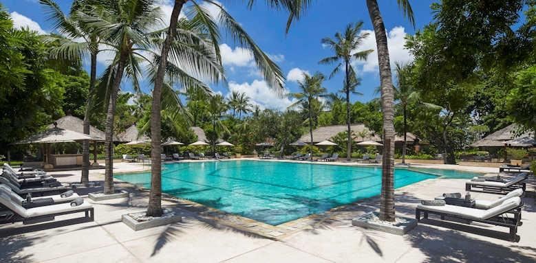 Melia Bali, pool area