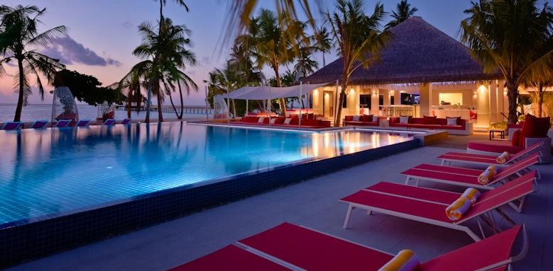 Kandima Maldives , evening by pool