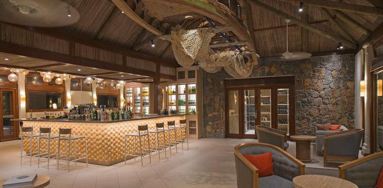 C Mauritius, C bar