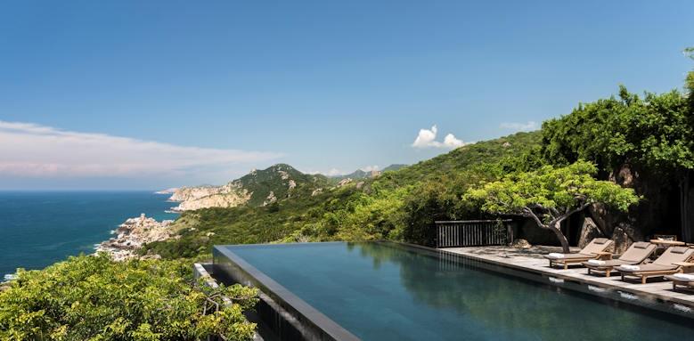 Amanoi, cliff pool