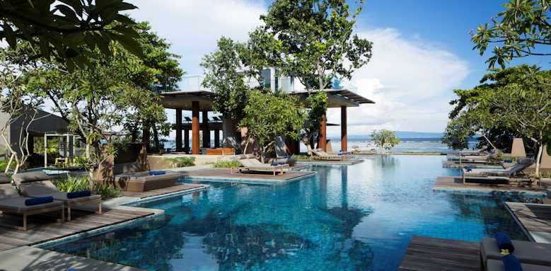 Maya Sanur, hotel main pool