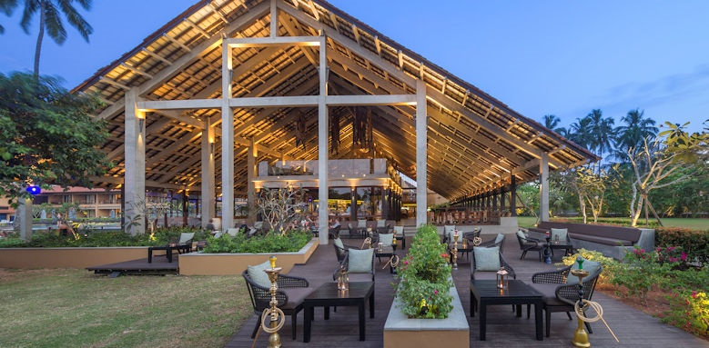 Anantara Kalutara Resort, garden