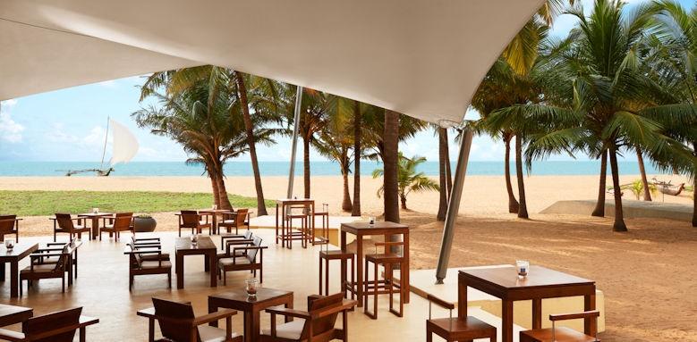 Jetwing Beach, deck bar