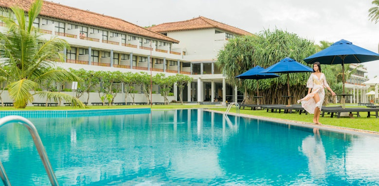 The Blue Water Hotel and Spa, hotel and pool