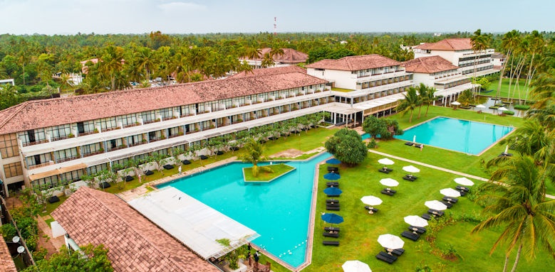 The Blue Water Hotel and Spa, overview