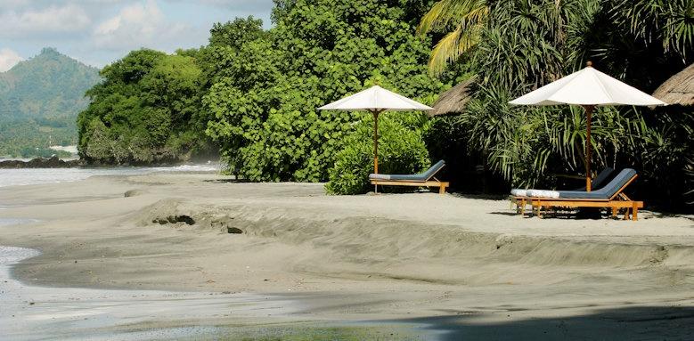 Amankila, beach area