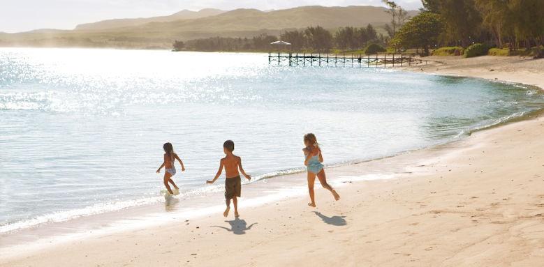 Shanti Maurice, kids on shore