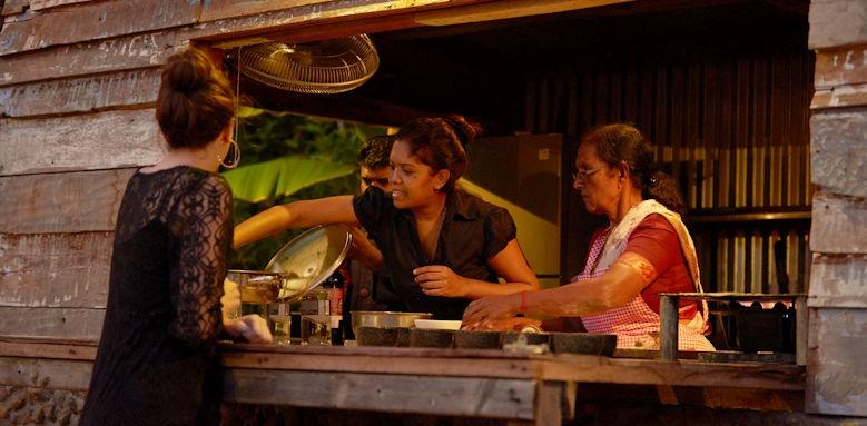 Shanti Maurice, bar