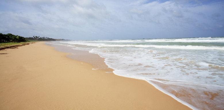 Centara Ceysand, beach