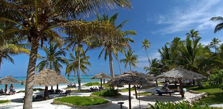 Breezes Beach Club & Spa, beach
