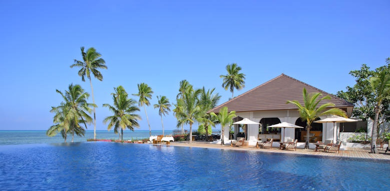 The Residence Zanzibar, pool by day