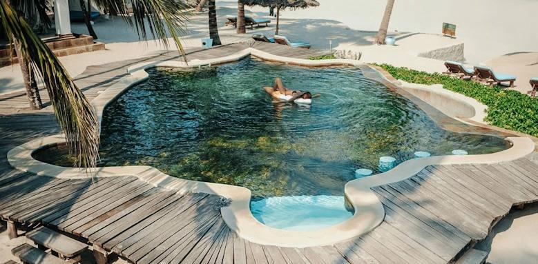 Waterlovers Beach Resort, pool