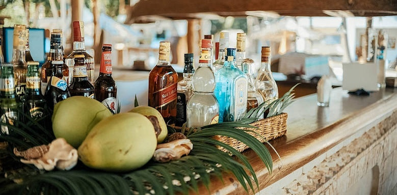 Waterlovers Beach Resort, beach bar