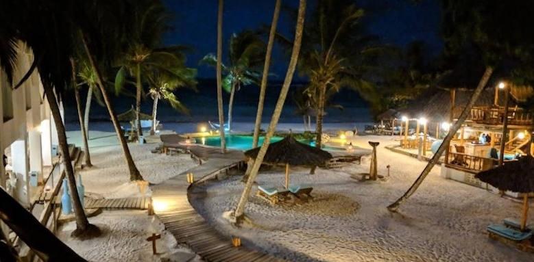 Waterlovers Beach Resort, beachfront at night