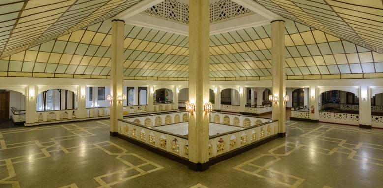 Sarova Whitesands, interior